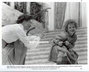 ANNIE '82 Albert Finney-Ann Reinking Carol Burnett-Tim Curry-Rare Movie Still #8 - Annie (1982) 