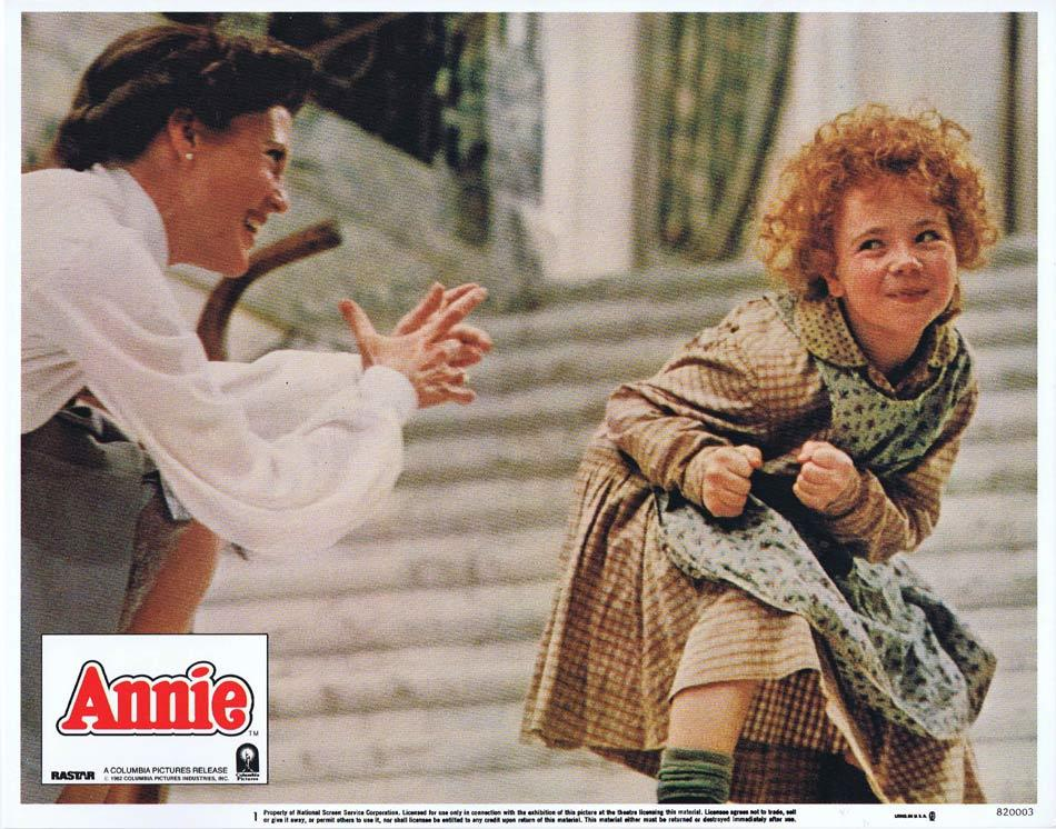 Annie, John Huston, Albert Finney, Carol Burnett, Bernadette Peters, Ann Reinking, Tim Curry, Geoffrey Holder, Edward Herrmann, Aileen Quinn