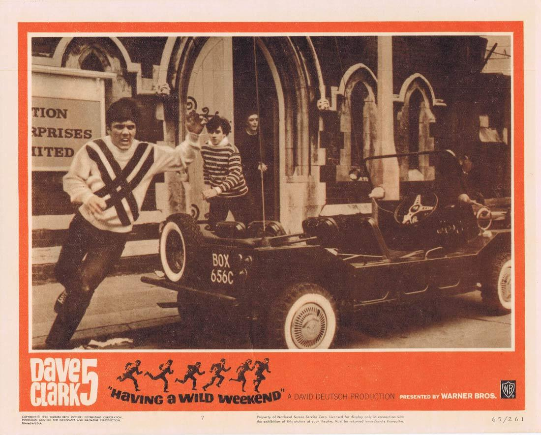 DAVE CLARK 5 HAVING A WILD WEEKEND Lobby Card 7 Catch Us if You Can