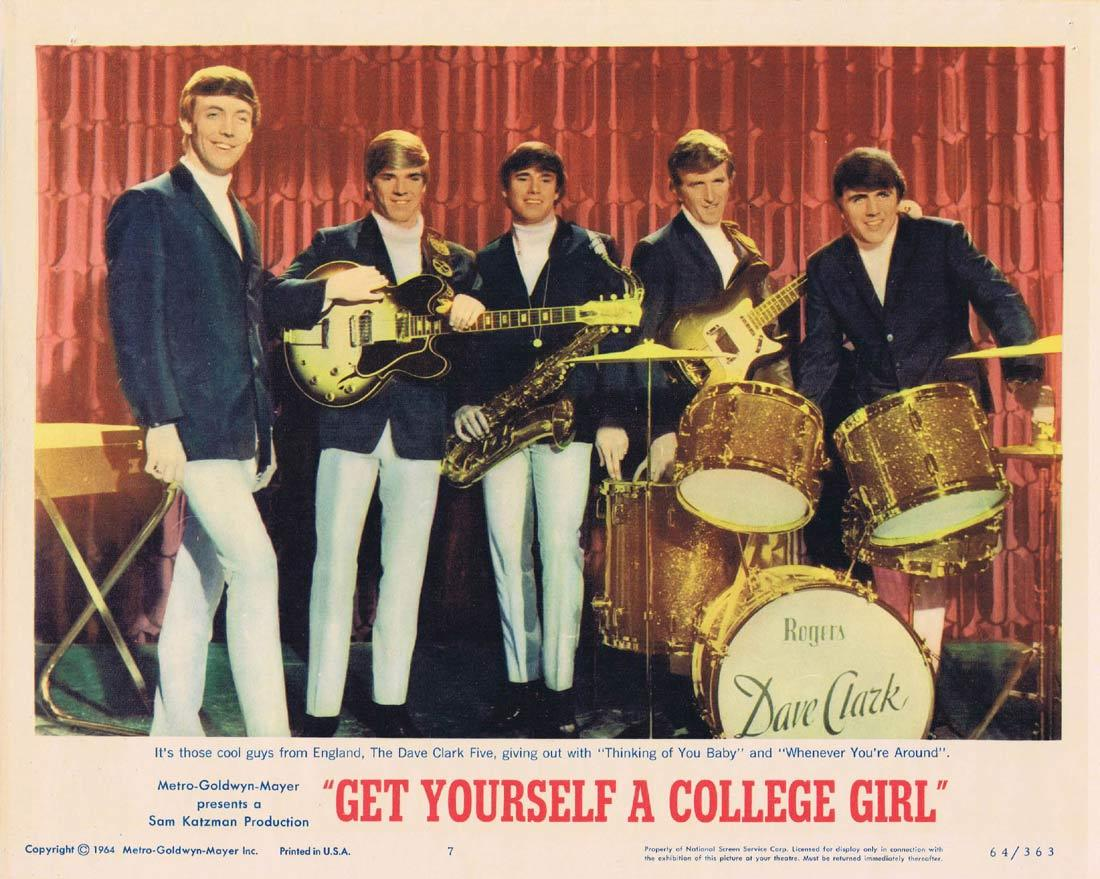 GET YOURSELF A COLLEGE GIRL Lobby Card 7 The Dave Clark 5