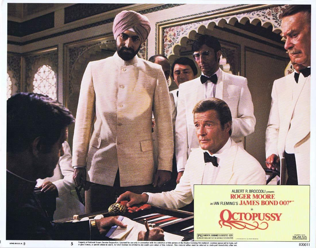 OCTOPUSSY Original US Lobby Card 5 Roger Moore James Bond 1983