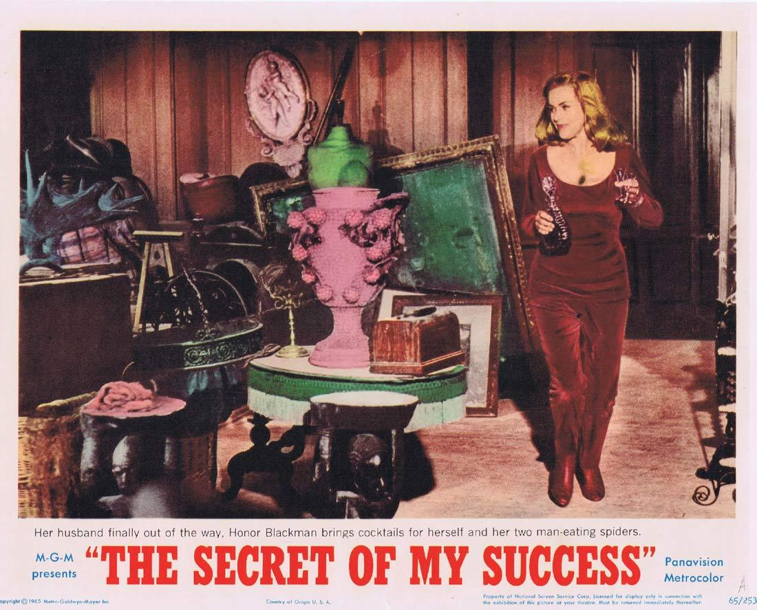 THE SECRET OF MY SUCCESS Lobby Card 4 Honor Blackman Man eating Spiders