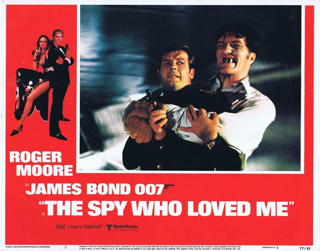 THE SPY WHO LOVED ME Original Lobby Card 2 Roger Moore Richard Kiel Jaws