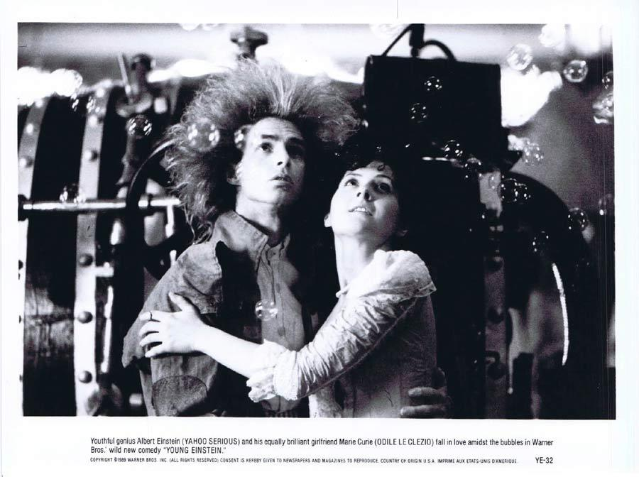 YOUNG EINSTEIN Original Movie Still 3 Yahoo Serious as Albert Einstein