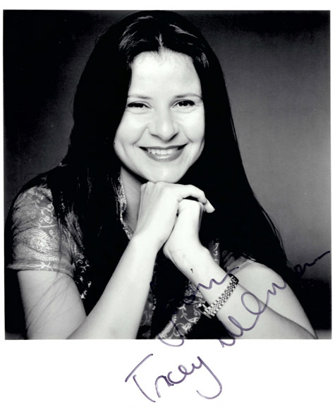 TRACEY ULLMANN Autograph 8 x 10 Photo