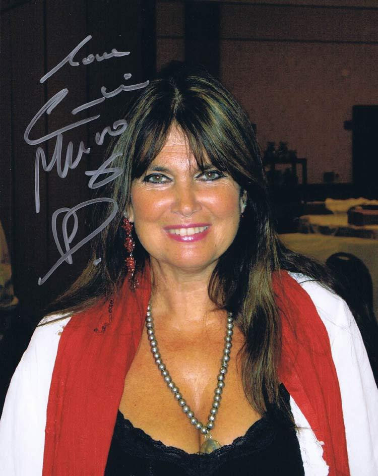 Caroline Munro, Autograph, Signature, Hollywood Show, Los Angeles