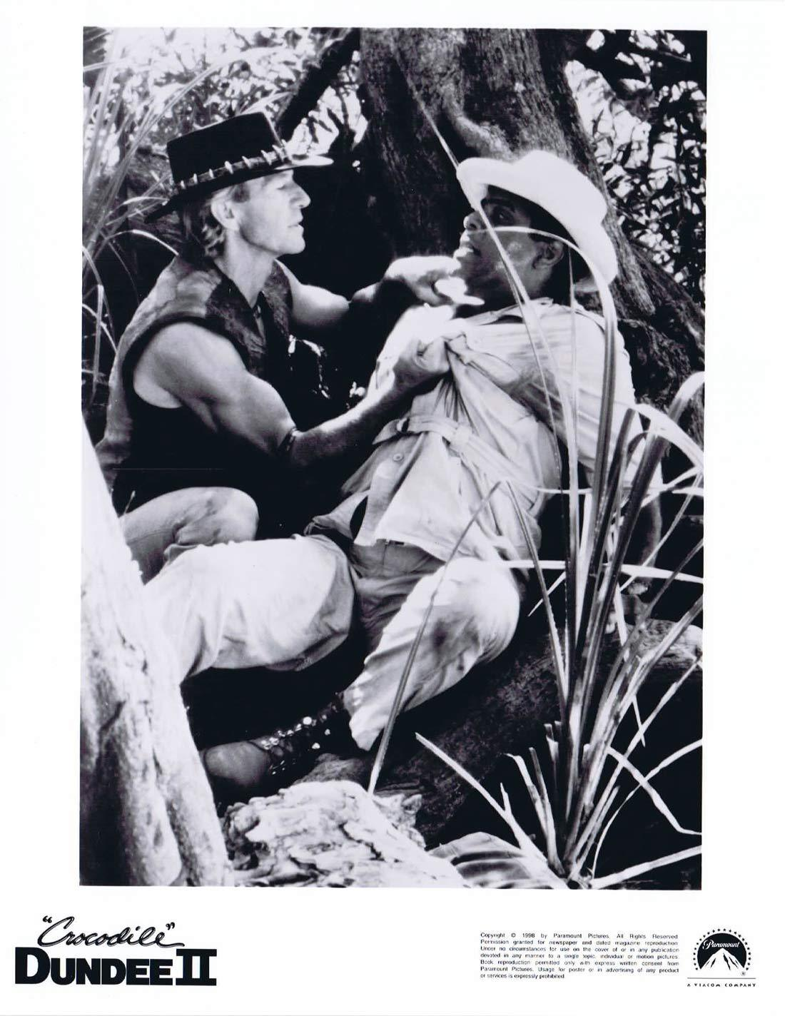 CROCODILE DUNDEE II Original Movie Still 13 Paul Hogan