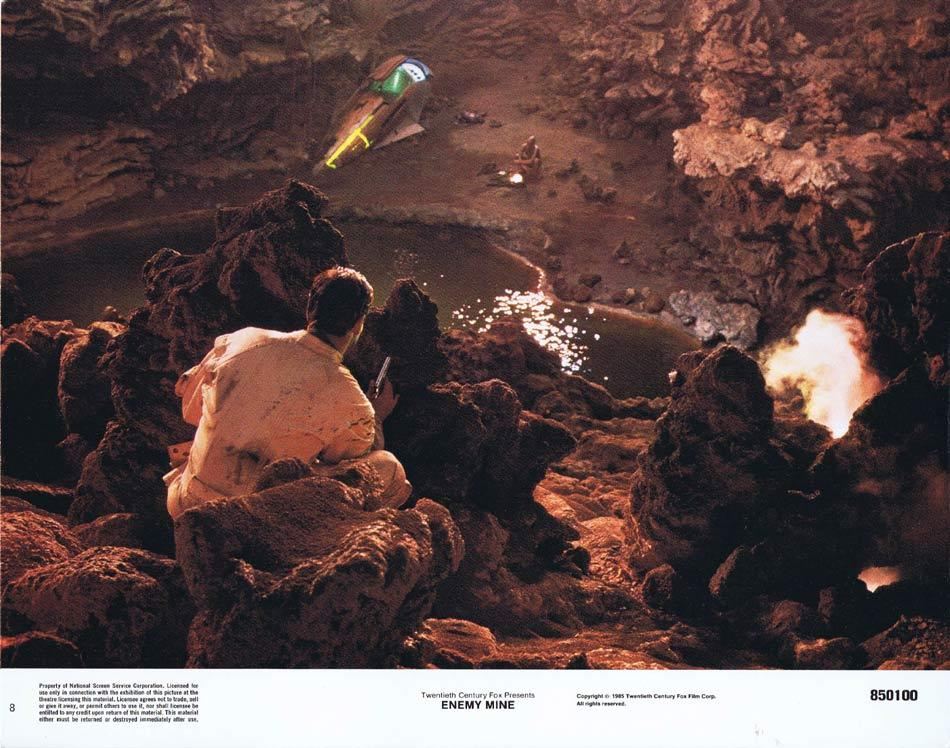 ENEMY MINE Lobby Card 8 Dennis QuaidLouis Gossett