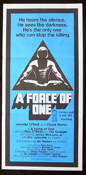 A FORCE OF ONE daybill Movie poster 1979 Chuck Norris KARATE Martial Arts