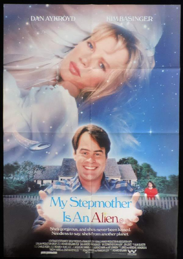 MY STEPMOTHER IS AN ALIEN One Sheet Movie Poster Michael Pare Dan Aykroyd Kim Basinger