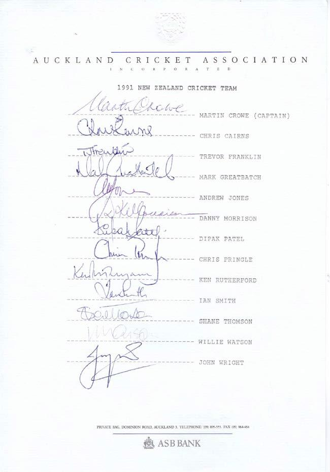 NEW ZEALAND CRICKET TEAM 1991 Official Autograph sheet