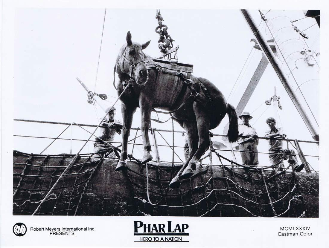 PHAR LAP Original Movie Still 13 Horse Racing Tom Burlinson