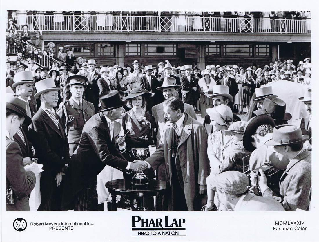 PHAR LAP Original Movie Still 15 Horse Racing Tom Burlinson