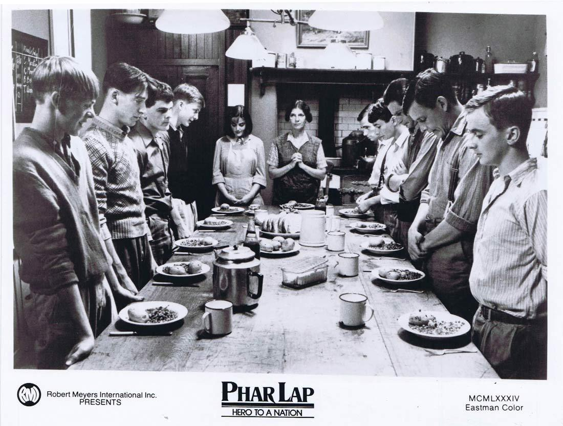 PHAR LAP Original Movie Still 20 Horse Racing Tom Burlinson