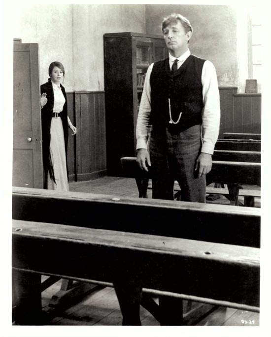 RYAN'S DAUGHTER 1970 Movie Still 46 Robert Mitchum Sarah Miles