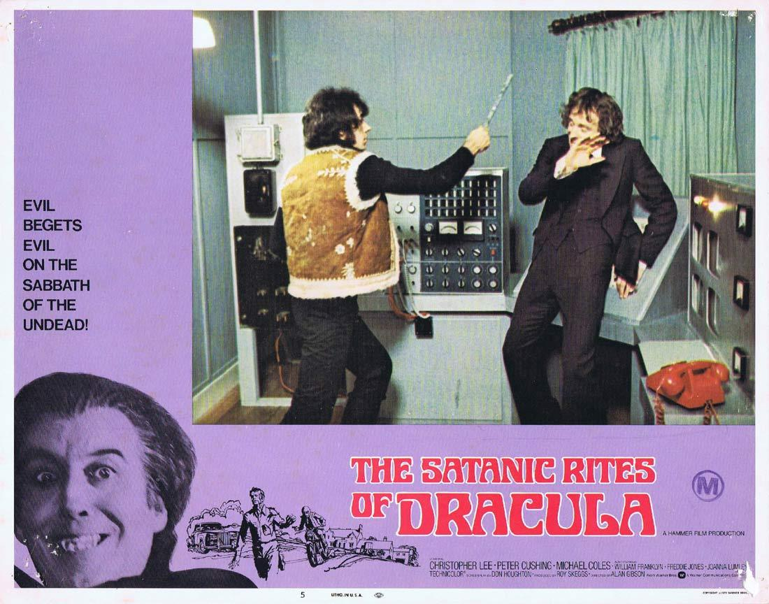 THE SATANIC RITES OF DRACULA Original Lobby Card 5 Christopher Lee Peter Cushing