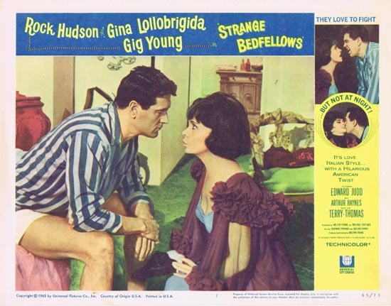 STRANGE BEDFELLOWS Lobby card 1 Rock Hudson Gina Lollobrigida