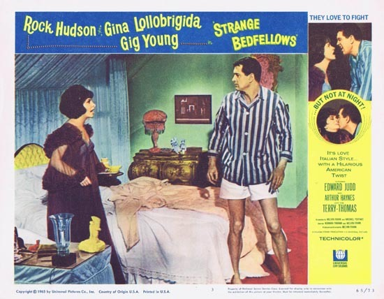 STRANGE BEDFELLOWS Lobby card 3 Rock Hudson Gina Lollobrigida