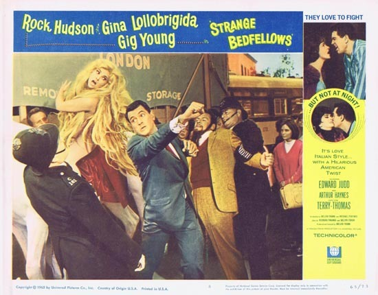 STRANGE BEDFELLOWS Lobby card 8 Rock Hudson Gina Lollobrigida