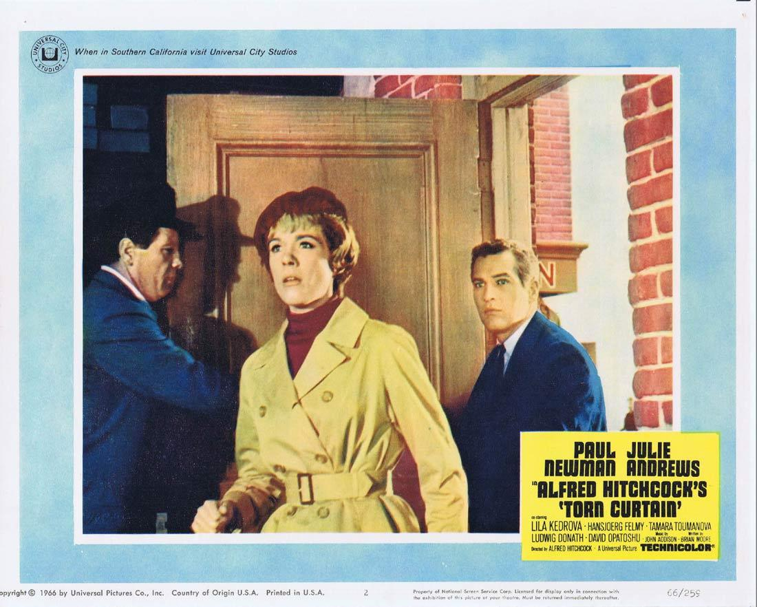 TORN CURTAIN Lobby card 2 Alfred Hitchcock Paul Newman Julie Andrews