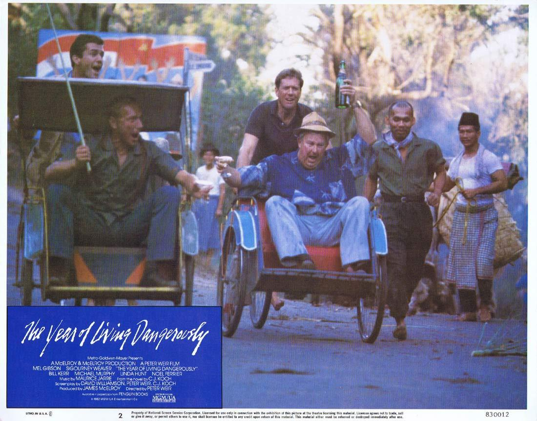 THE YEAR OF LIVING DANGEROUSLY Original Lobby Card 2 MEL GIBSON Peter Weir