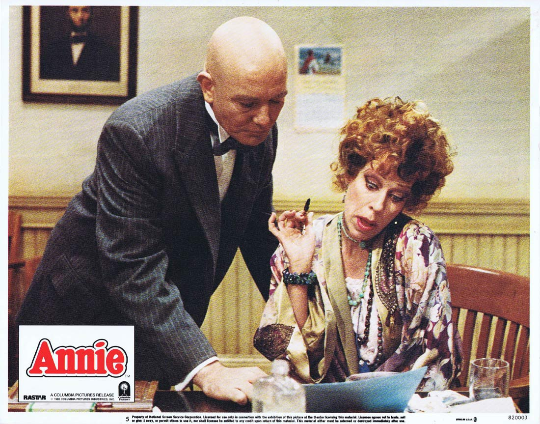 ANNIE Original Lobby Card 5 Albert Finney Carol Burnett Ann Reinking