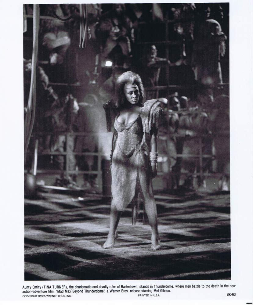 MAD MAX BEYOND THUNDERDOME Original Movie Still 9 Mel Gibson Tina Turner