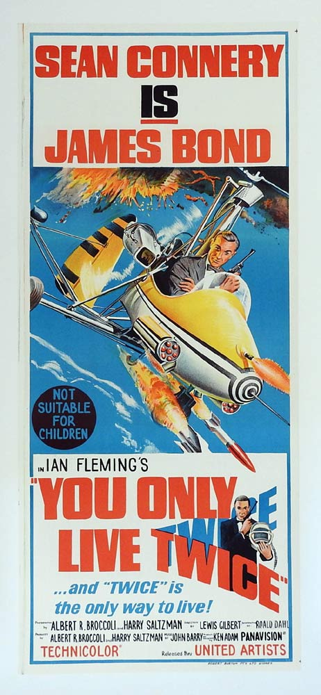 YOU ONLY LIVE TWICE Linen Backed Original Daybill Movie poster James Bond 1967